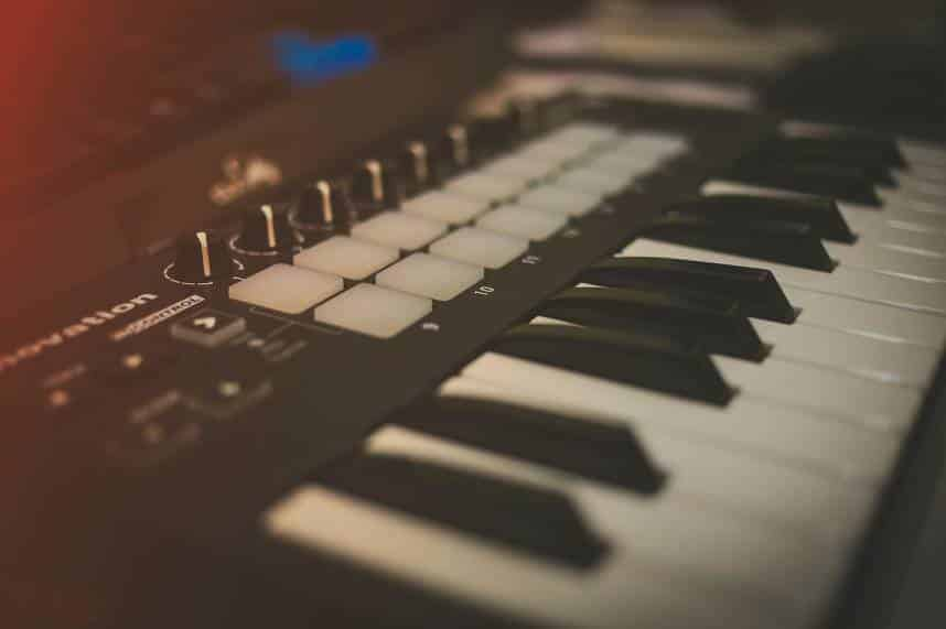 What Is a MIDI Keyboard?